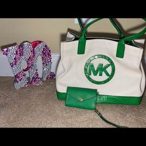 NEW** SnakeSkin Michael Kors purse